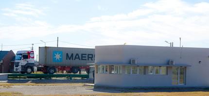 Disertación de Especialistas Económicos y Primer Ingreso de Mercadería en Zona Franca