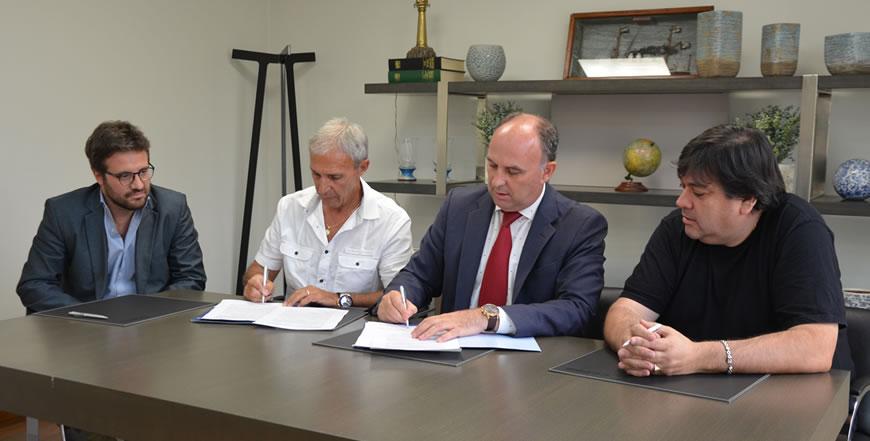 Acuerdo histórico para trabajadores portuarios