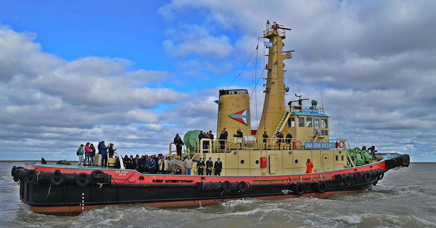 Homenaje a tripulantes y navíos que participaron en la Guerra de Malvinas
