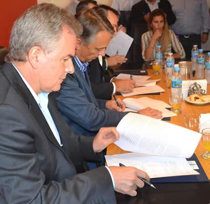 Firma Acta Acuerdo Pasantías Educativas
