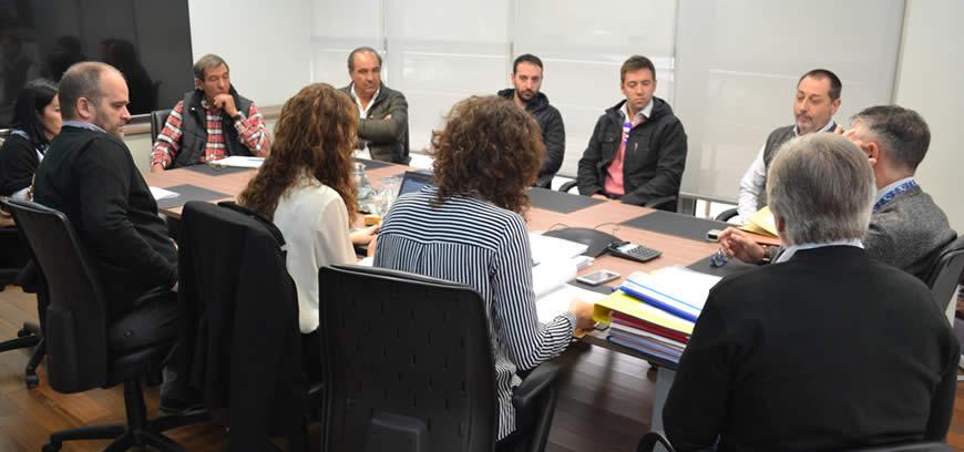 Apertura de sobres de importantes licitaciones en el Puerto